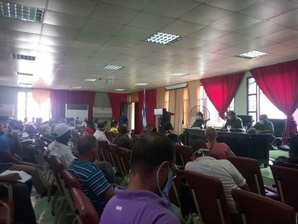 El Consejo de Defensa en Baracoa chequea el cumplimiento de las medidas ante la cercanía de la Tormenta Tropical Laura