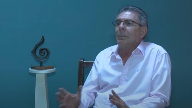 Jorge Núñez, presidente de la filial guantanamera de la Unión de Escritores y Artistas de Cuba (UNEAC).