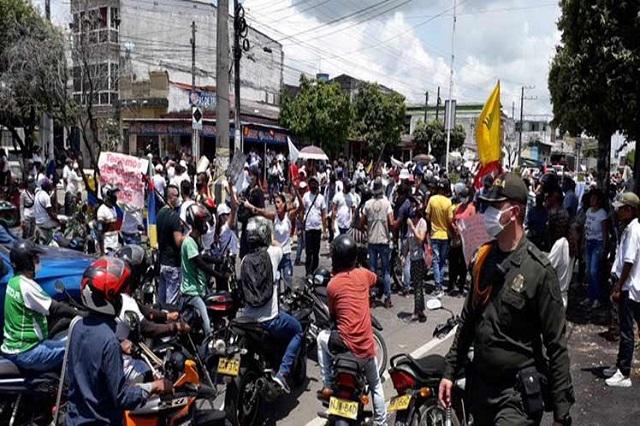 Colombia protesta contra brutalidad policial y masacres