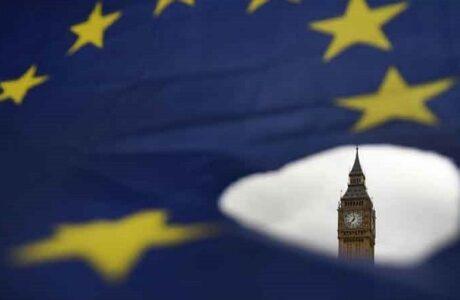 Reino Unido y UE abordan propuesta británica para cambiar el Brexit