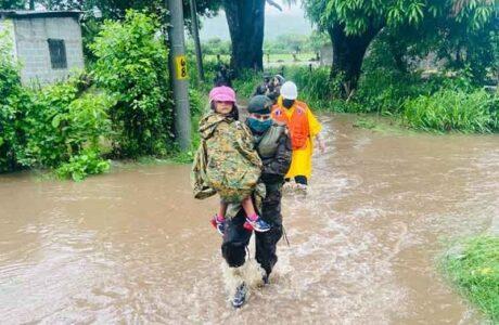 Guatemala monitorea tormenta tropical Nana a su paso por Petén