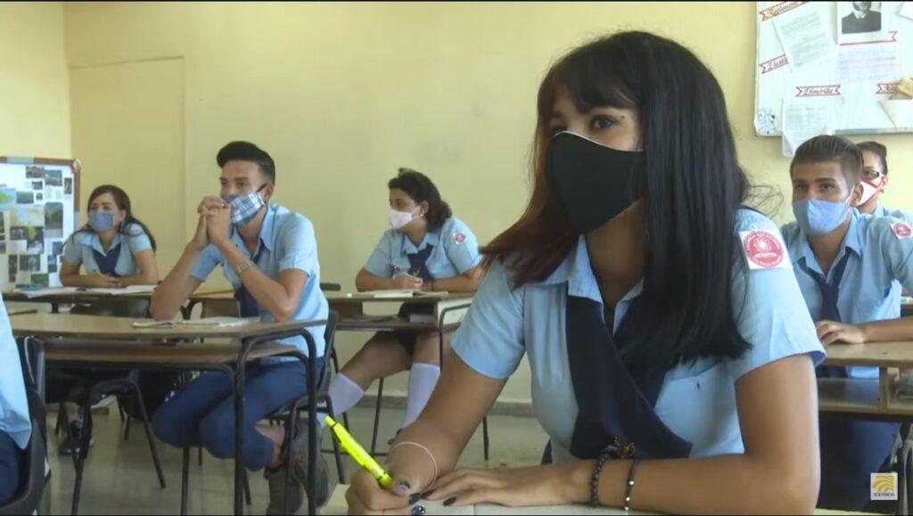 Ultiman detalles para regreso de estudiantes guantanameros a las aulas