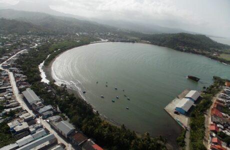 Baracoa, una de las zonas priorizadas para las acciones de la Tarea Vida en Guantánamo. Foto: Rodny Alcolea Olivares.