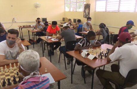 Desarrollan en Guantánamo semifinal provincial de ajedrez de primera categoría
