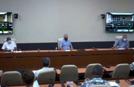 Cuba alerta ante persistente amenaza de Eta