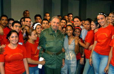 Encuentro juvenil internacional rinde homenaje a Fidel