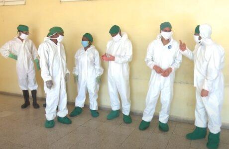 Voluntarios de ETECSA en Guantánamo apoyan labor en hospitales de campaña