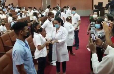 Ingresan a la FEU estudiantes de las Ciencias Médicas en Guantánamo