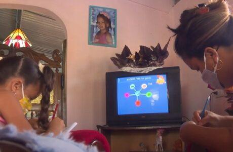 Familias guantanameras del Plan Turquino garantizan eficacia de las teleclases