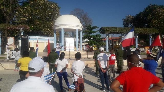 Guantanameros celebran Primero de Mayo y exigen fin del bloqueo contra Cuba