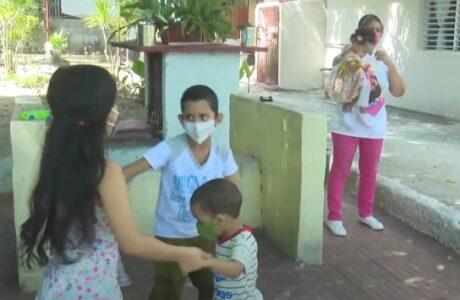 Amor y protección de los derechos en las casas para niños sin amparo familiar en Guantánamo