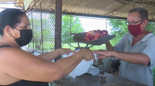Inicia en en Guantánamo comercialización de carne de res