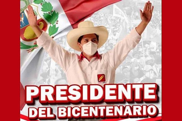 Perú entra en nuevo siglo de independencia y estrena Presidente