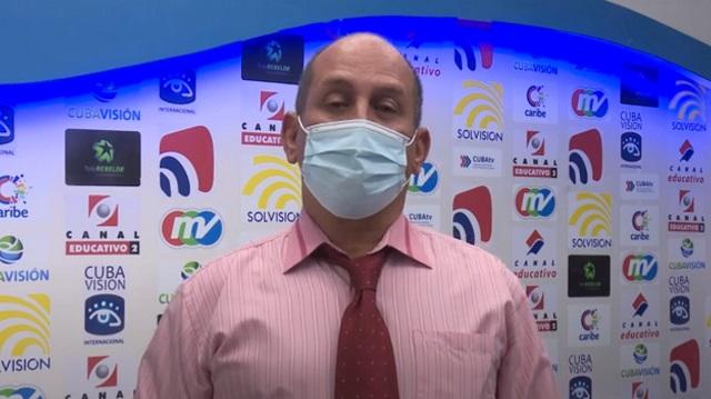 Doctor guantanamero José Alfredo Estevan Soto: ·#YoMeVacuno