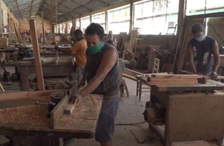 Carpintería del Fondo Cubano de Bienes Culturales Baracoa: calidad e ingenio