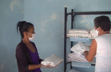 Solidaridad y profesionalismo distinguen a colectivo en centro de asilamiento en Maisí
