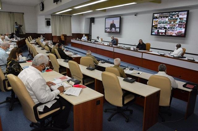 Cuba alerta ante Covid-19 y llegada de huracán Elsa