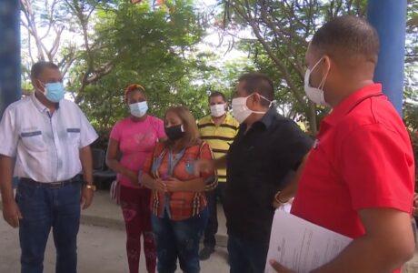 Chequea Primer Secretario del Partido en Guantánamo, Rafael Pérez Fernández ampliación de capacidades para atender a pacientes con Covid-19 en municipio de El Salvador, Guantánamo