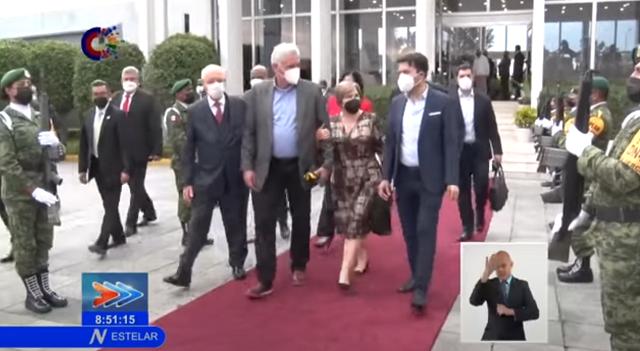 Regresa a Cuba Presidente Díaz-Canel tras su participación en la CELAC