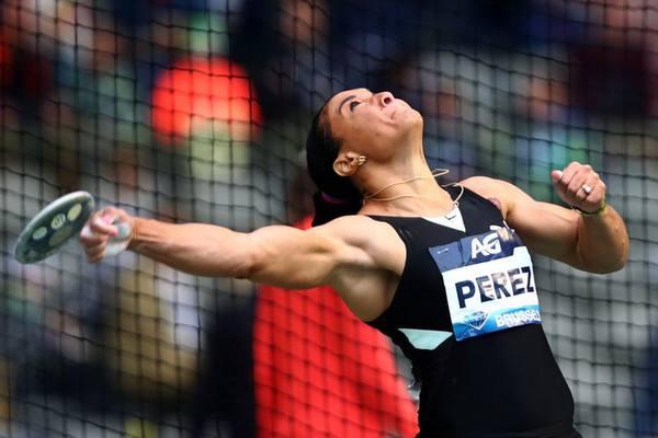 Yaimé Pérez se afianza en la cima de la Liga del Diamante