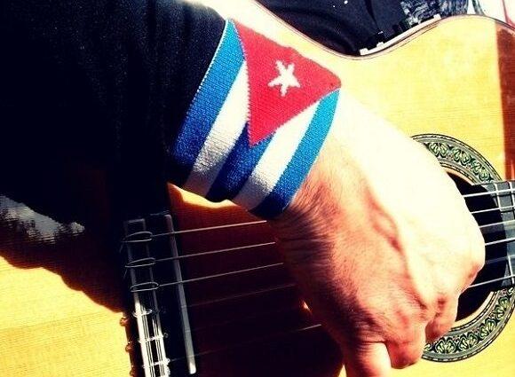 """El trovador cubano Orlis Pineda estrena videoclip """"Ponle Corazón"""""""