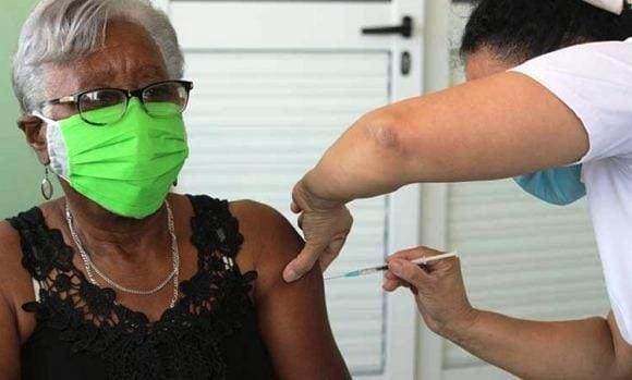 Arrancó en Guantánamo vacunación a convalecientes de COVID-19
