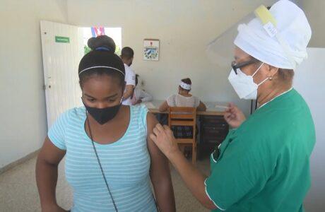 Avanza vacunación a segundo grupo de edades pediátricas en Guantánamo