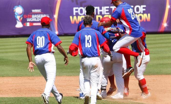 Contra viento, marea y demonios, Cuba disputará el bronce en mundial Sub-23 de béisbol