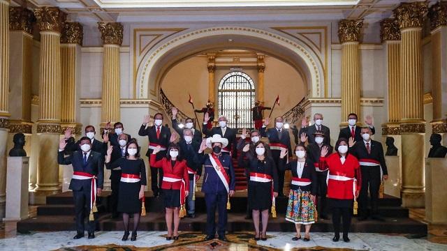 Presidente de Perú Pedro Castillo tomó juramento del nuevo gabinete ministerial