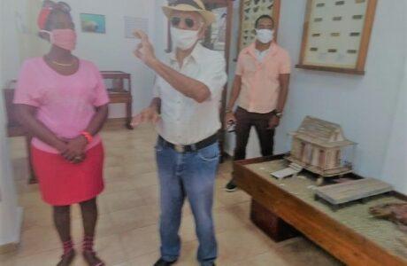 Dedican espacio fijo de museo de Caimanera a mártir internacionalista caído en Angola