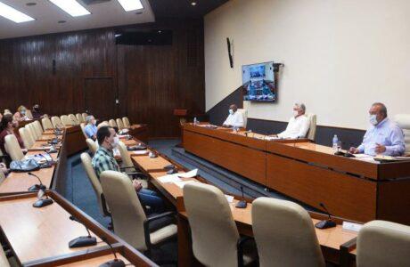 Reunión del grupo temporal de trabajo para la prevención y control del nuevo coronavirus. Foto: Estudios Revolución
