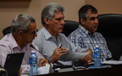 Primer vicepresidente cubano conoce sobre aportes de BioCubaFarma