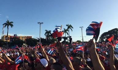 26 de Julio: Cuba de Rojo y Negro