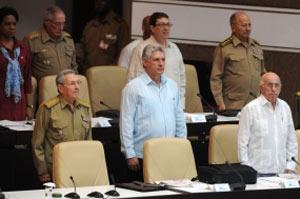 Asiste Raúl Castro a sesión plenaria del Parlamento cubano