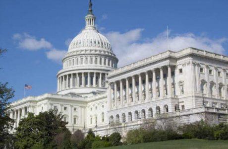 Congreso de EE.UU. aprueba amplio plan de gastos federales